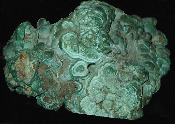 Камень малахит: свойства, кому подходит